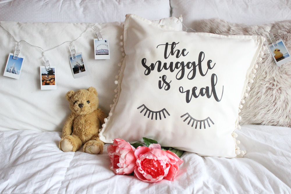 DIY Pillow Header
